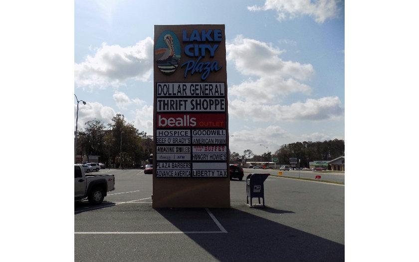 879 SW MAIN BLVD #125, Lake City, FL 32025
